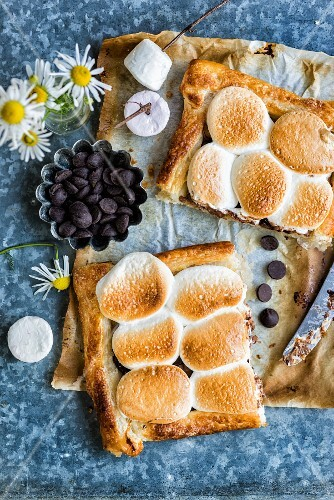 S'mores puff pastry tart with chocolate and marshmallows