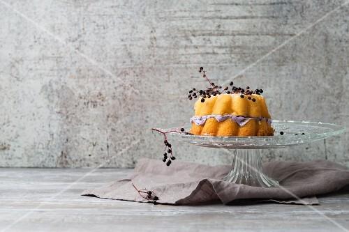 A Bundt cake with a elderberry cream filling