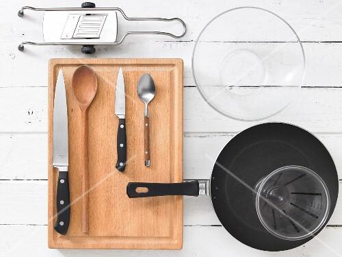 Kitchen utensils for preparing couscous