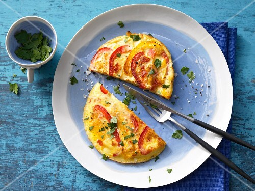 A tomato and red pepper omelette