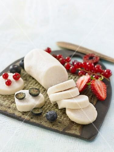 Vegan macadamia nut and almond cheese with fresh berries