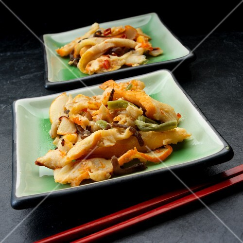 Chuka ika sansai (Japenese squid salad with vegetables and sesame seeds)