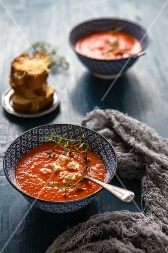 Roasted red pepper soup with feta and thyme