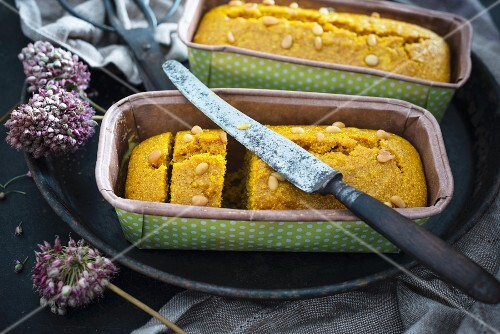 Vegan sfouf (Libanese semolina, turmeric and pine nut cake)
