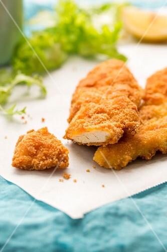 Gluten-free chicken escalopes in breadcrumbs, sliced