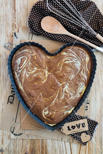 A heart-shaped marbled brownie with Philadelphia