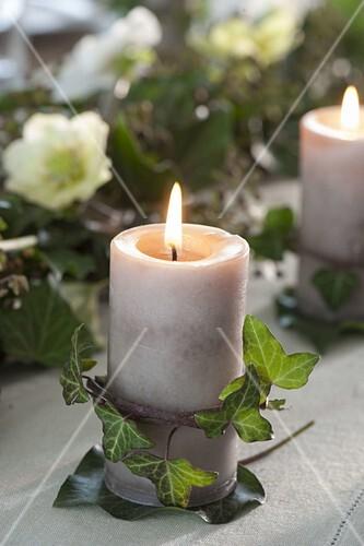 Efeu Tischdeko Mit Kerzen Bild Kaufen 12185315 Friedrich