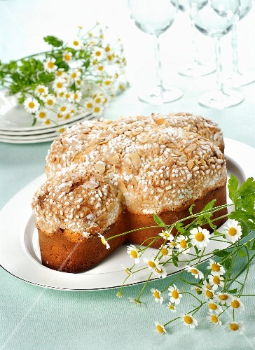 Colomba di Pasqua (traditional Easter dish with pigeon, Italy)