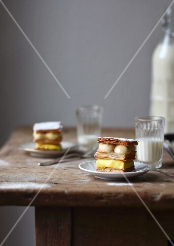 Millefeuille with lemon cream and mascarpone mousse
