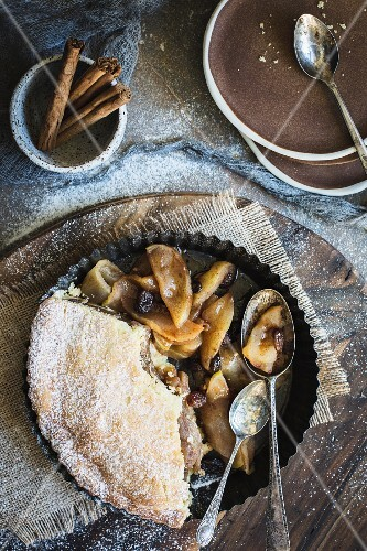 Apple Pie with sultanas and cinnamon