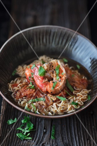 Ramen soup with prawns (Asia)