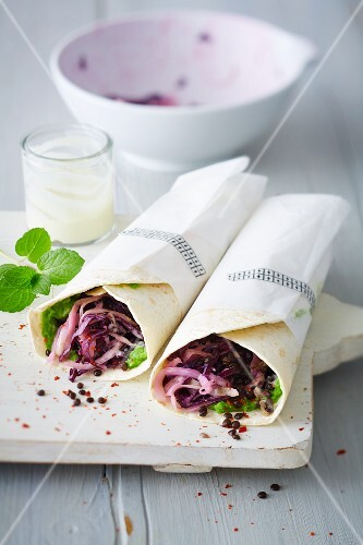Vegan wraps with lentils, mushy peas and coleslaw (soya-free)