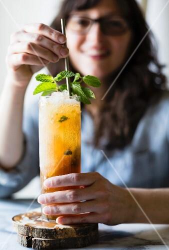 Brown sugar mint juleps cocktail