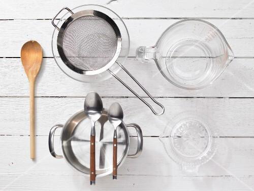 Kitchen utensils for making mayonnaise