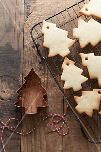 Christmas Tree Shaped Biscuits Cooling License Images