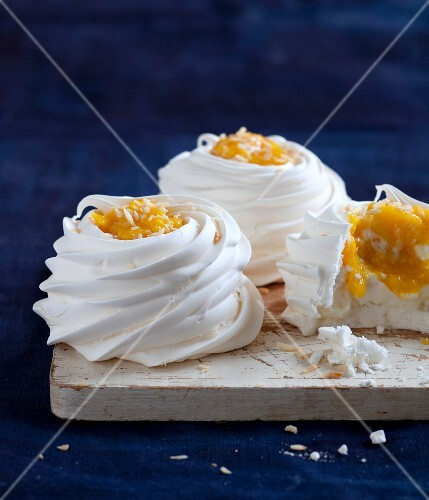 Meringue nests with mango and coconut