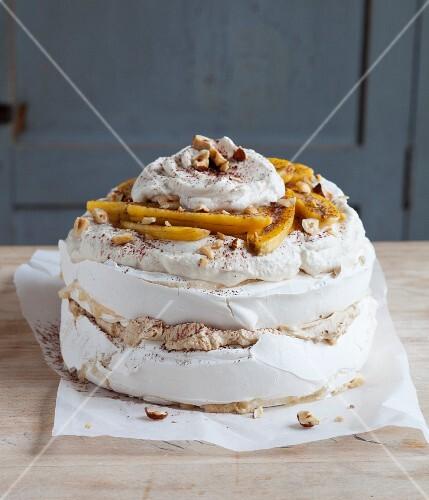 Tiramisu pavlova with bananas