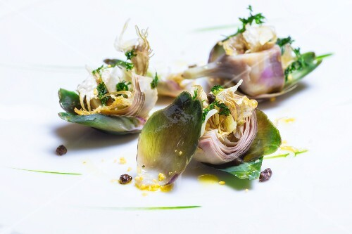 Marinated artichokes with lemon