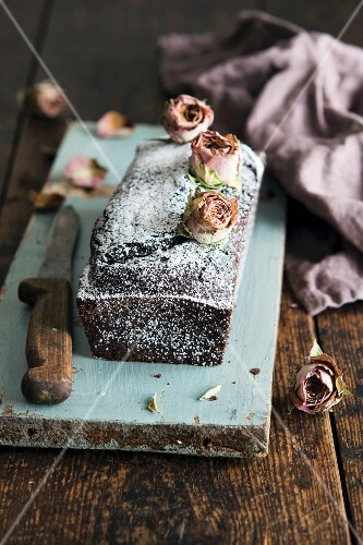 Chocolate cake with dried rose buds