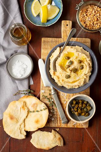 Fava (Greek yellow split peas spread, meze)