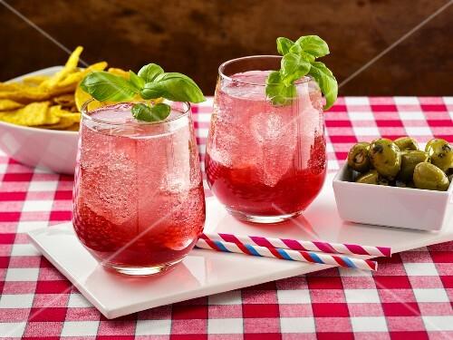 Blueberry basil lemonade spritzer