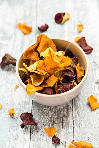 Colourful vegetable crisps in a bowl