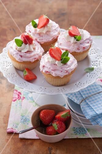 Cupcakes with strawberry mascarpone cream