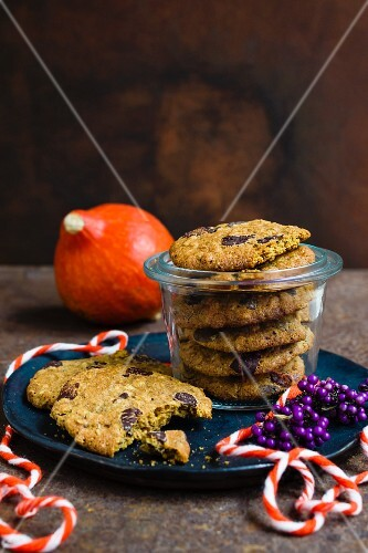 Pumpkin cookies with chocolate chips