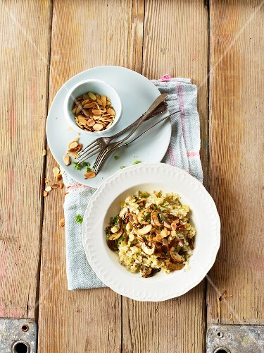 Pearl barley risotto with mushrooms and almonds