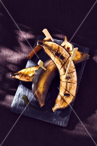 Vanilla-flavored browned bananas