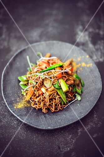 A noodle dish with vegetables and tofu (Asia)