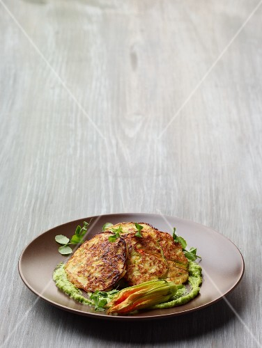 Courgette frittelle and ricotta