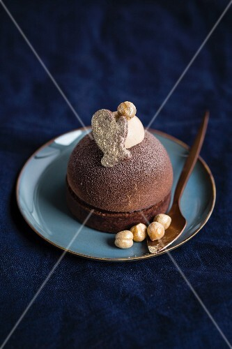 Chocolate dessert with gingerbread mousse