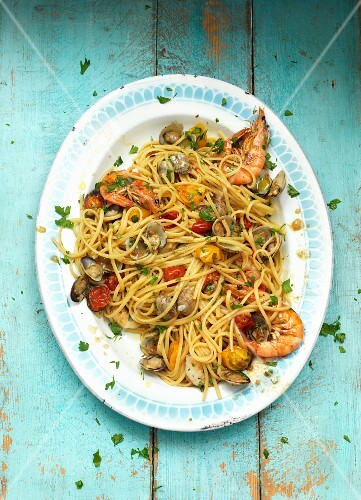 Seafood linguine (top view)