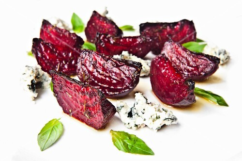 Grilled beetroot with blue cheese