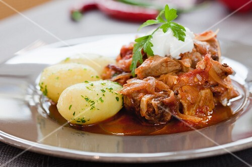 Goulash with parsley potatoes