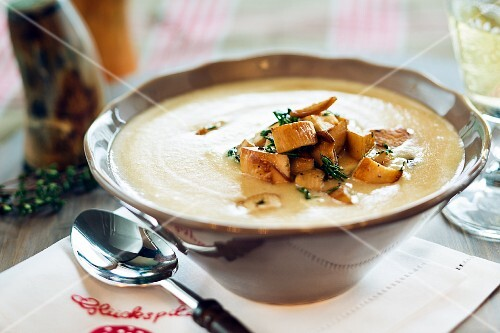 Porcini mushrooms soup with potatoes