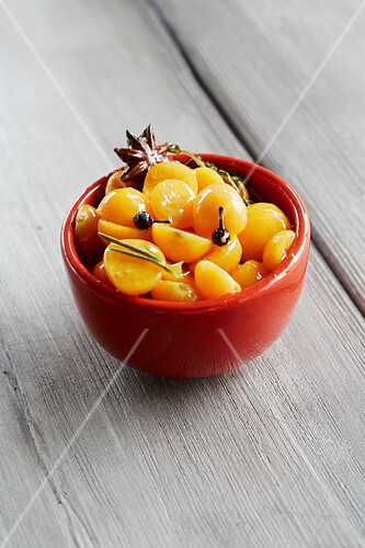 Physalis compote with spices