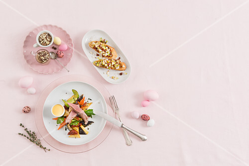 A three-course Easter menu with lamb fillet, bruschetta and coffee cream