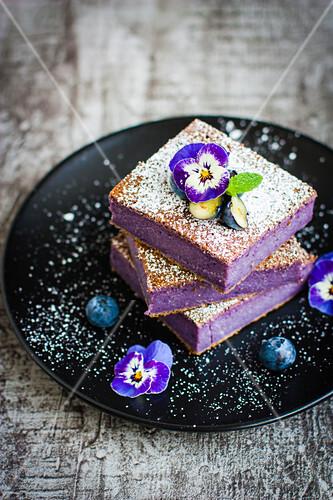 Flourless blueberry slices