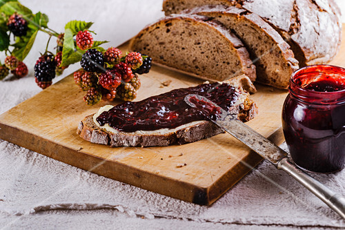 Bread with blackberry jam