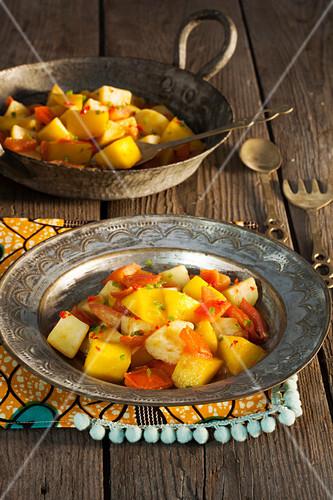 Kartoffeln mit Mango, Paprika und Tomaten (Kenia, Afrika)