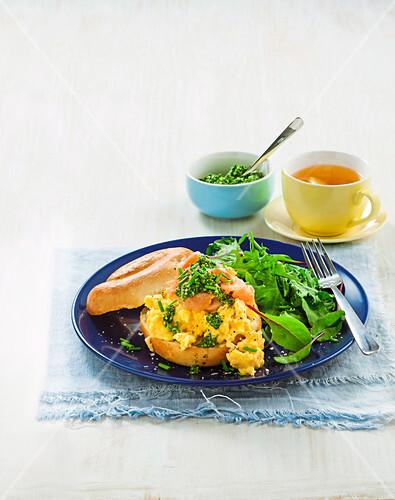 Creamy scrambled egg and salmon bagels