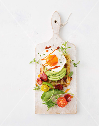 Savoury waffles with fried egg and avocado