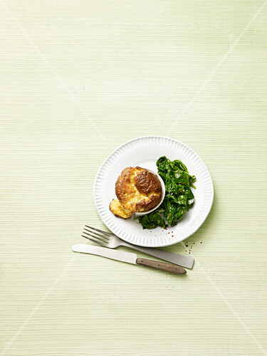 Cheese soufflé with spinach (no carb)