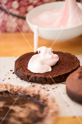 Decorating and finishing Chocolate Cake