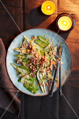 Pear and avocado carpaccio with shrimps