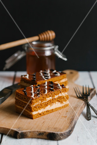 Sweet cakes with honey