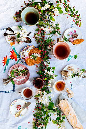 An easterbrunch with blossom and brocante ceramics