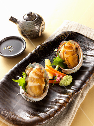 Gedämpfte Abalone (Japan)